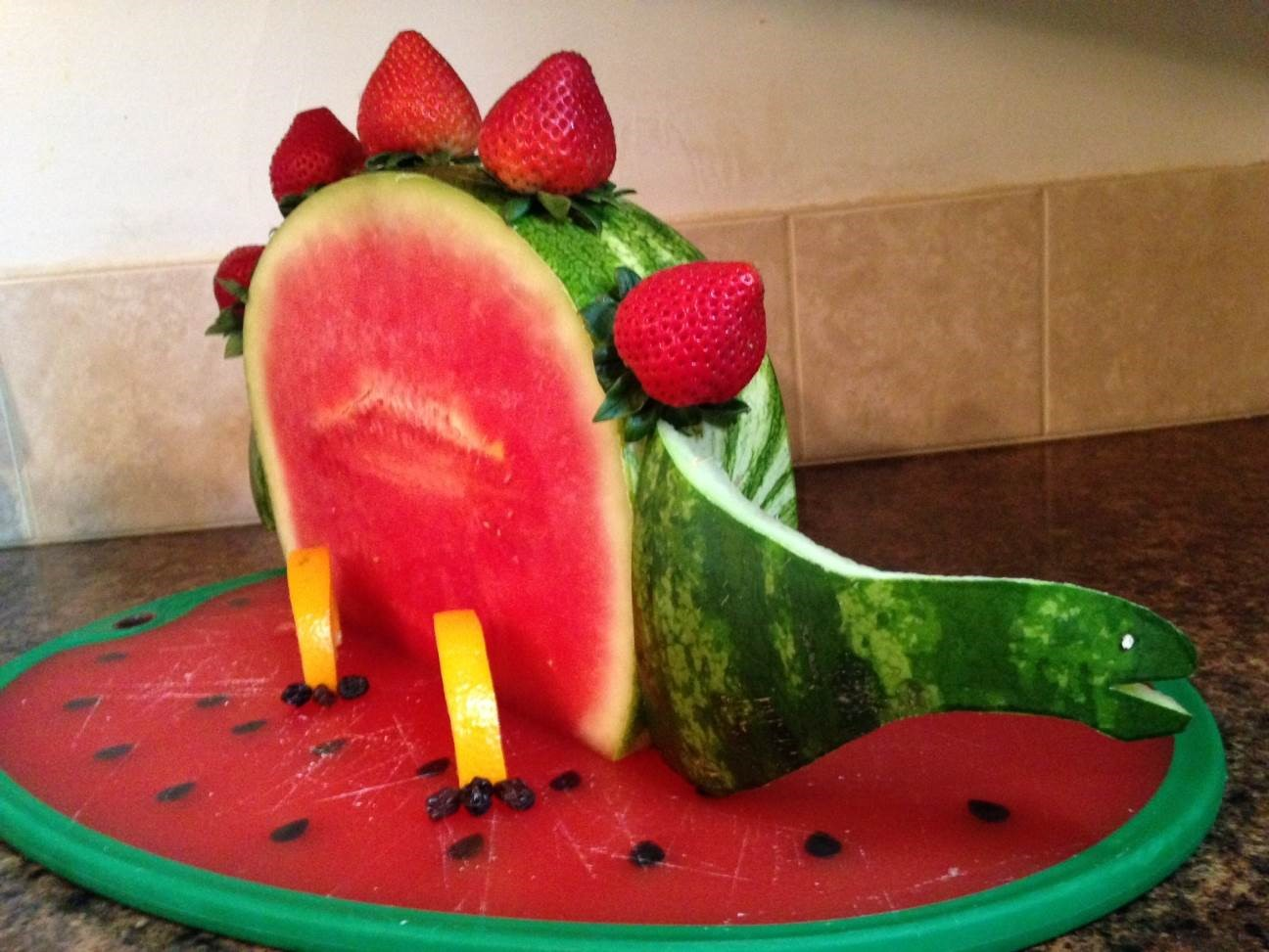HOW ARE YOUR CARVING CONTEST ENTRIES COMING? - What About Watermelon?