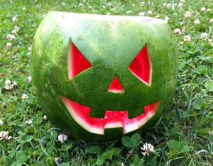 watermelon-halloween-carving